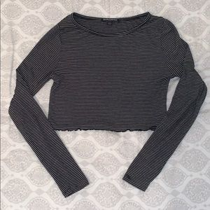 brandy melville striped cropped long sleeve tee